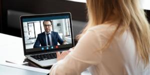 Entretien d'embauche à distance : comment le réussir ?